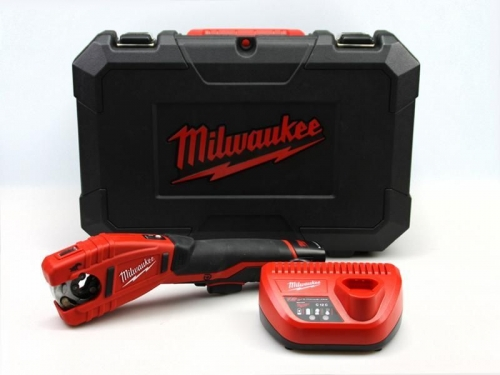Milwaukee aku řezák C12PC-201C, sada